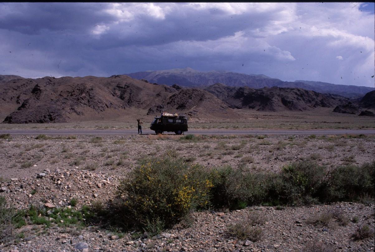 Voyage Kirghistan, arret.JPG